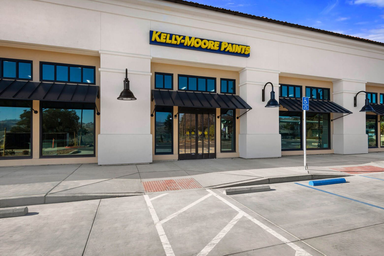 Kelly Moore Paints retail construction